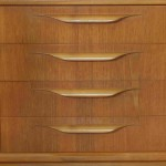 P1820264 dining credenza detail